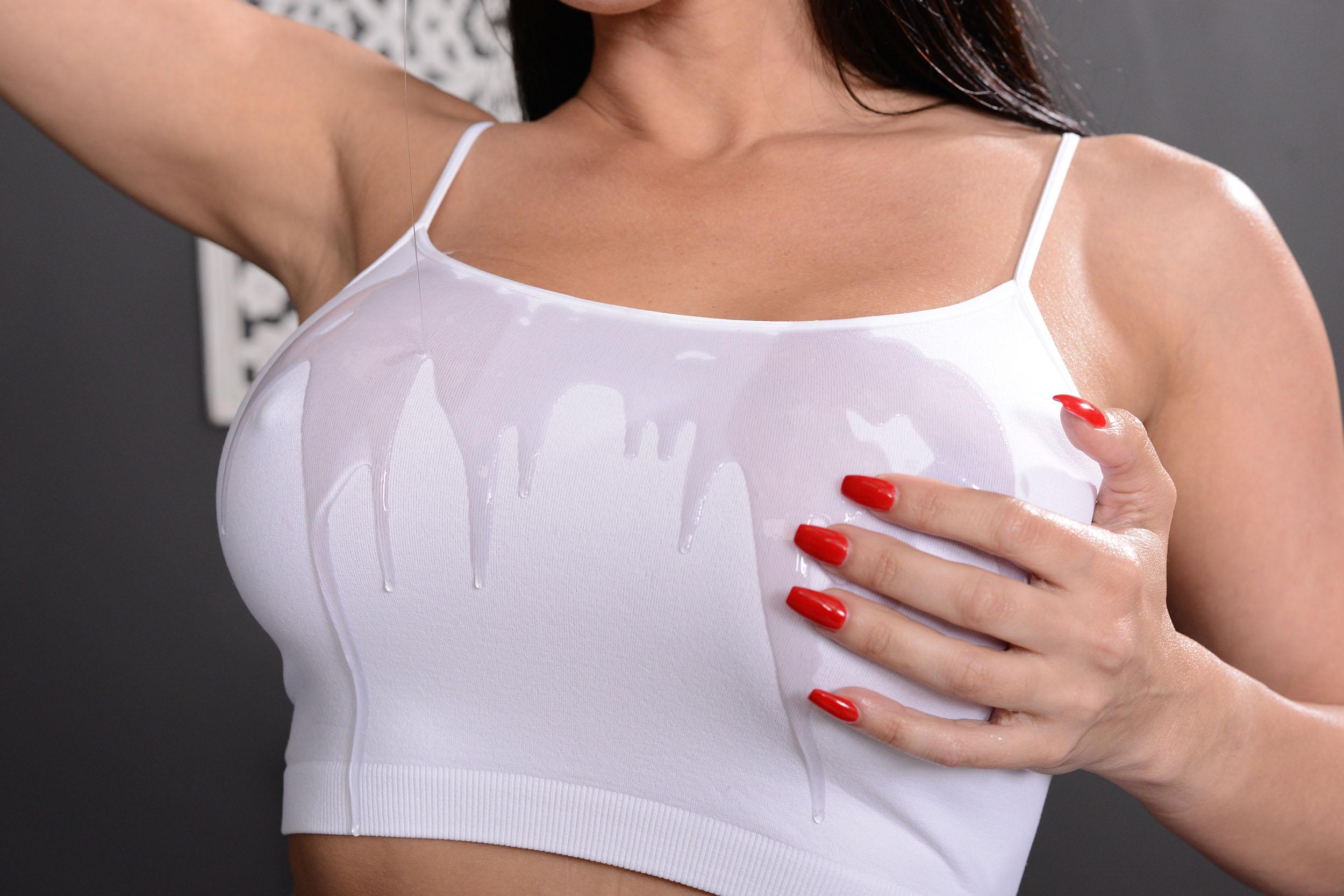 Rachel Starr in A 5 Starr Massage from Brazzers